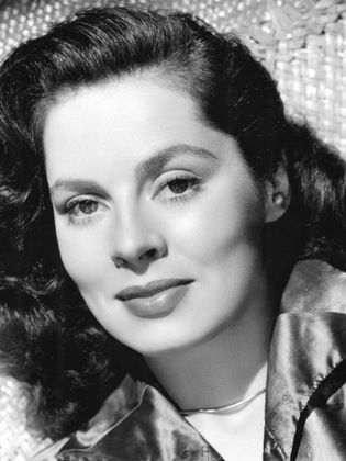 Cast: Movie - Adventures of don juan - 1948