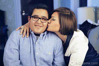 بالصور: ليلى علوي تتألق مع ابنها بعدسة محمود عبد السلام