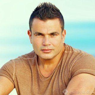 """مدحت العدل: عمرو دياب لم يعتذر عن """"الشهرة"""" والمسلسل يسير على قدم وساق"""