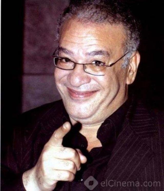 أبو البنات الذي هُدّد بالقتل ورفض أن يُدّخل بناته إلى «الوسط الفني».. محطات في حياة «صلاح عبد الله»
