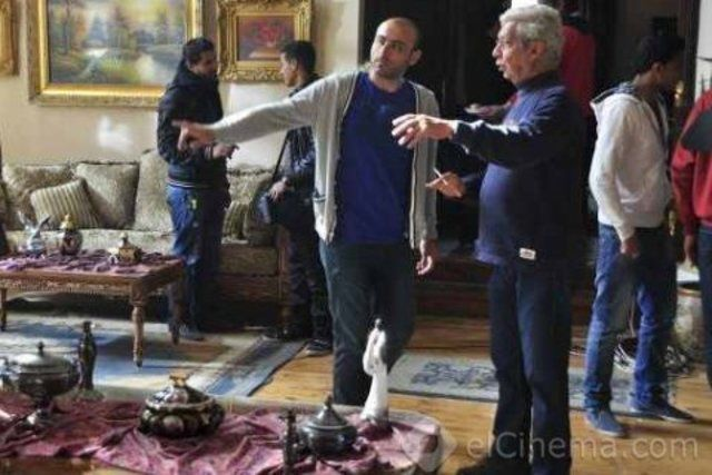 نادر جلال يقرر وقف تصوير مسلسل كيكا على العالى عدة أيام بسبب